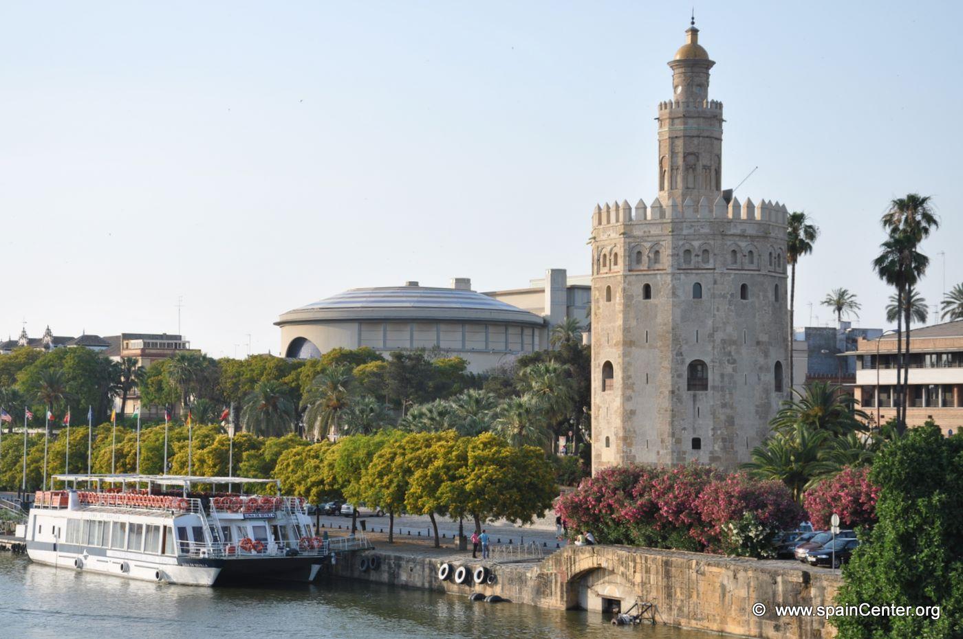 Un museo naval en la torre del oro de sevilla blog for La fabrica del mueble sevilla