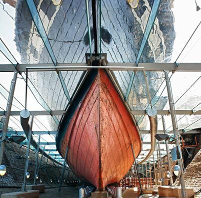 El buque tal y como se presenta a los visitantes, a la entrada del puerto