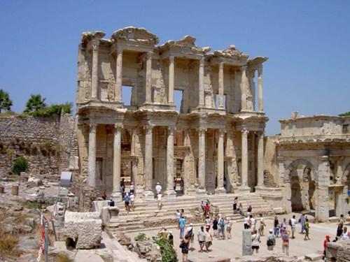 Biblioteca de Éfeso