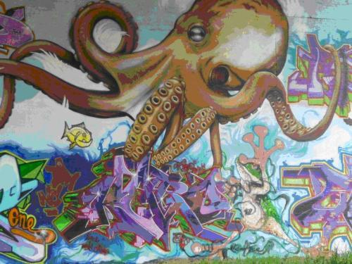 Ilustración 12.Graffiti bajo el puente de Jungbusch