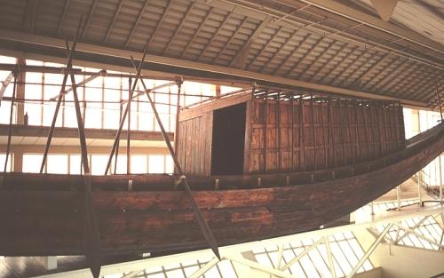 La barca de Keops