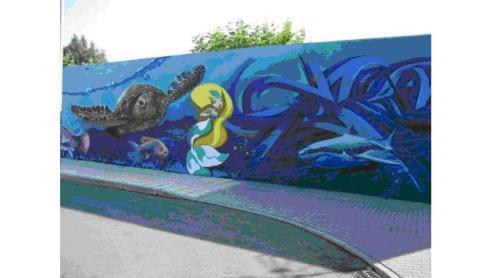 Grafiti solidario de la piscina de Guijuelo