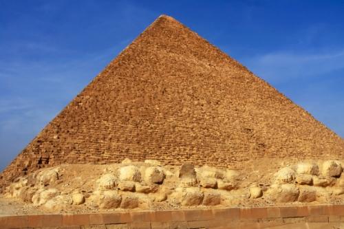 La gran pirámide de Keops, una de las maravillas del mundo antiguo. Fuente