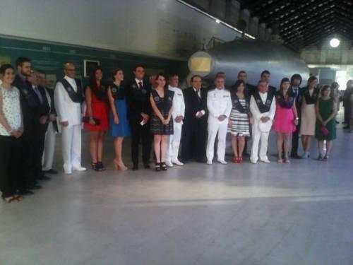 1ª promoción del Máster con algunos de los oficiales y autoridades que nos acompañaron