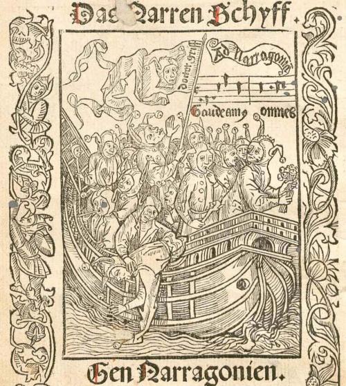 La nave de los necios va completamente cargada de necios, algunos de los cuales cantan y lloran. Destaca en el centro uno que mira hacia arriba y sostiene una bandera en la que se ve a un necio y se lee «doctor Maña». En la parte inferior, otro necio es echado al agua. Sobre el barco aparecen, como en la portada, notas musicales de la canción «Estemos todos contentos» y una cartela con la inscripción «Hacia Narragonia»
