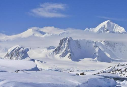 La tierra de los hielos perpetuos. Fuente