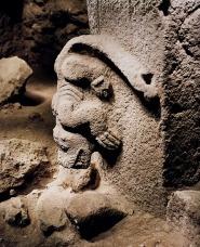 Un animal que parece representar a un cocodrilo en Gobekli Tepe